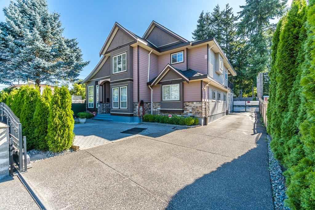 Detached at 10370 128 STREET, North Surrey, British Columbia. Image 1