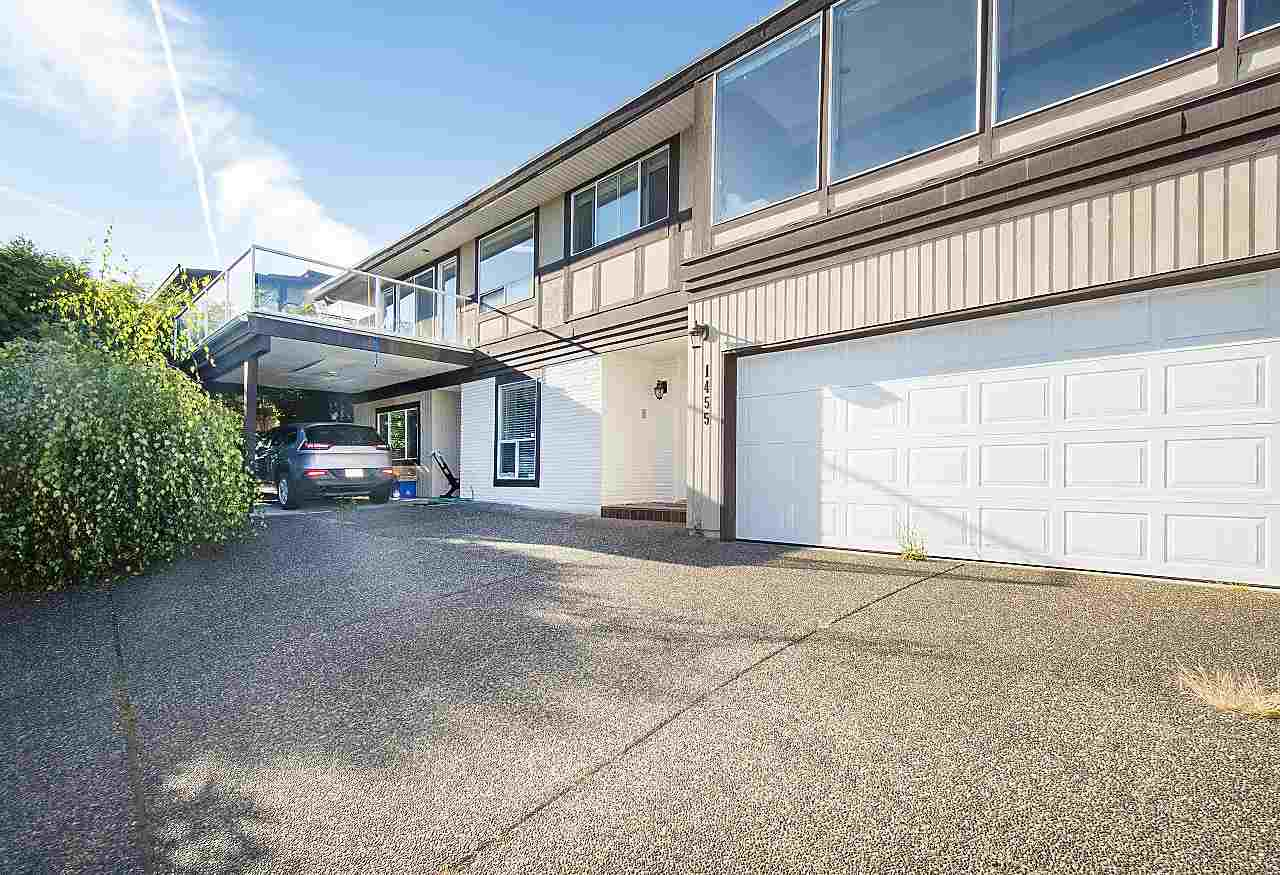Detached at 1455 TYROL ROAD, West Vancouver, British Columbia. Image 3