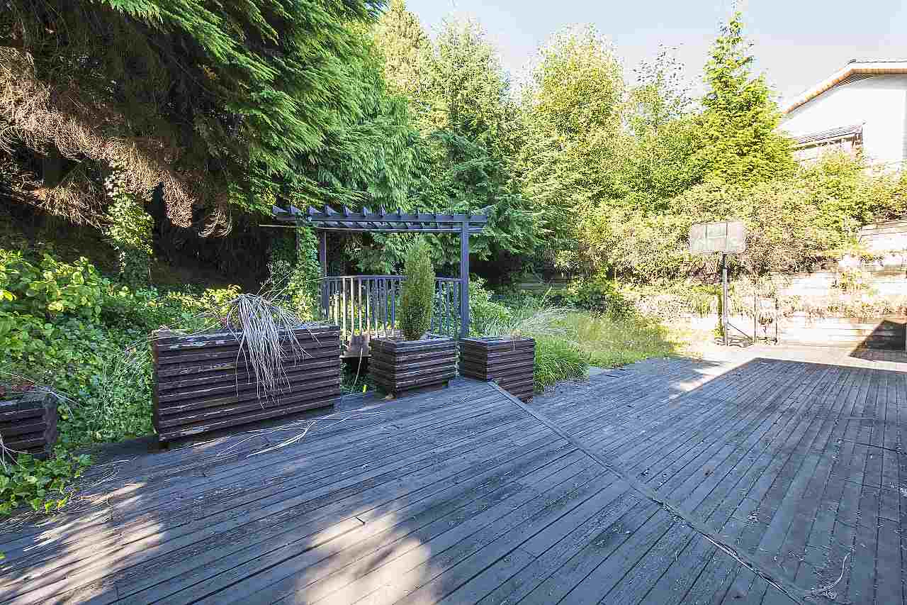 Detached at 1455 TYROL ROAD, West Vancouver, British Columbia. Image 20