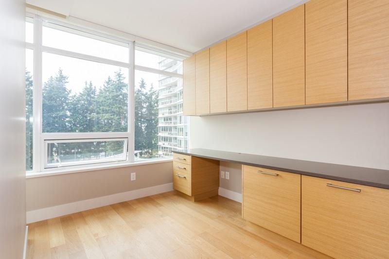 Condo Apartment at 502 1473 JOHNSTON ROAD, Unit 502, South Surrey White Rock, British Columbia. Image 8