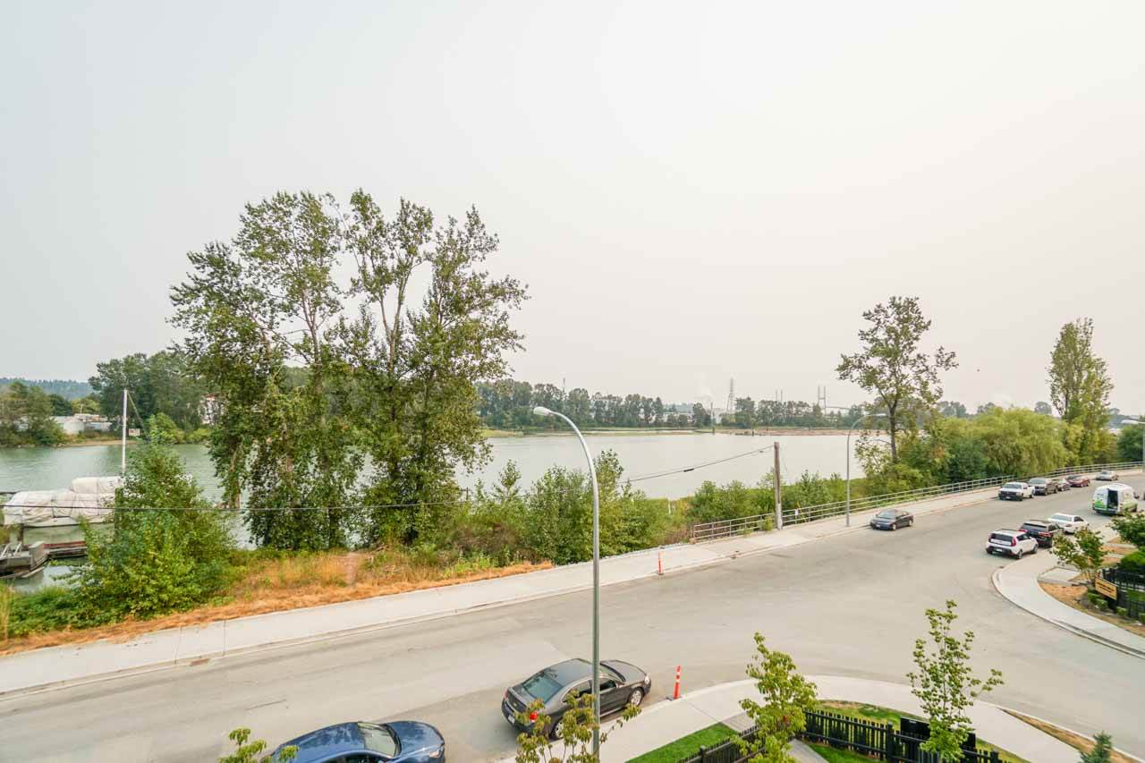 Townhouse at 8 111 WOOD STREET, Unit 8, New Westminster, British Columbia. Image 1