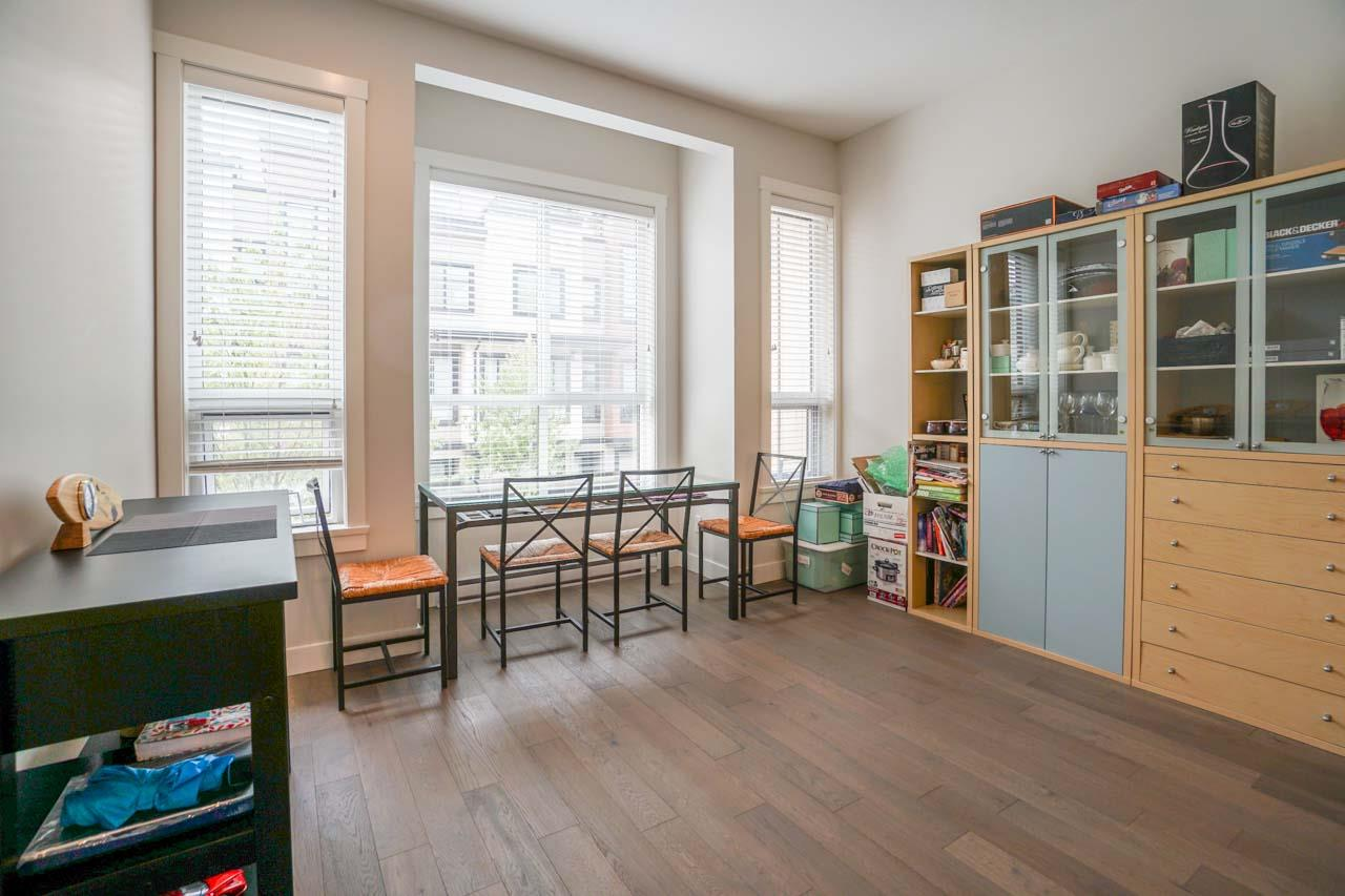 Townhouse at 8 111 WOOD STREET, Unit 8, New Westminster, British Columbia. Image 11