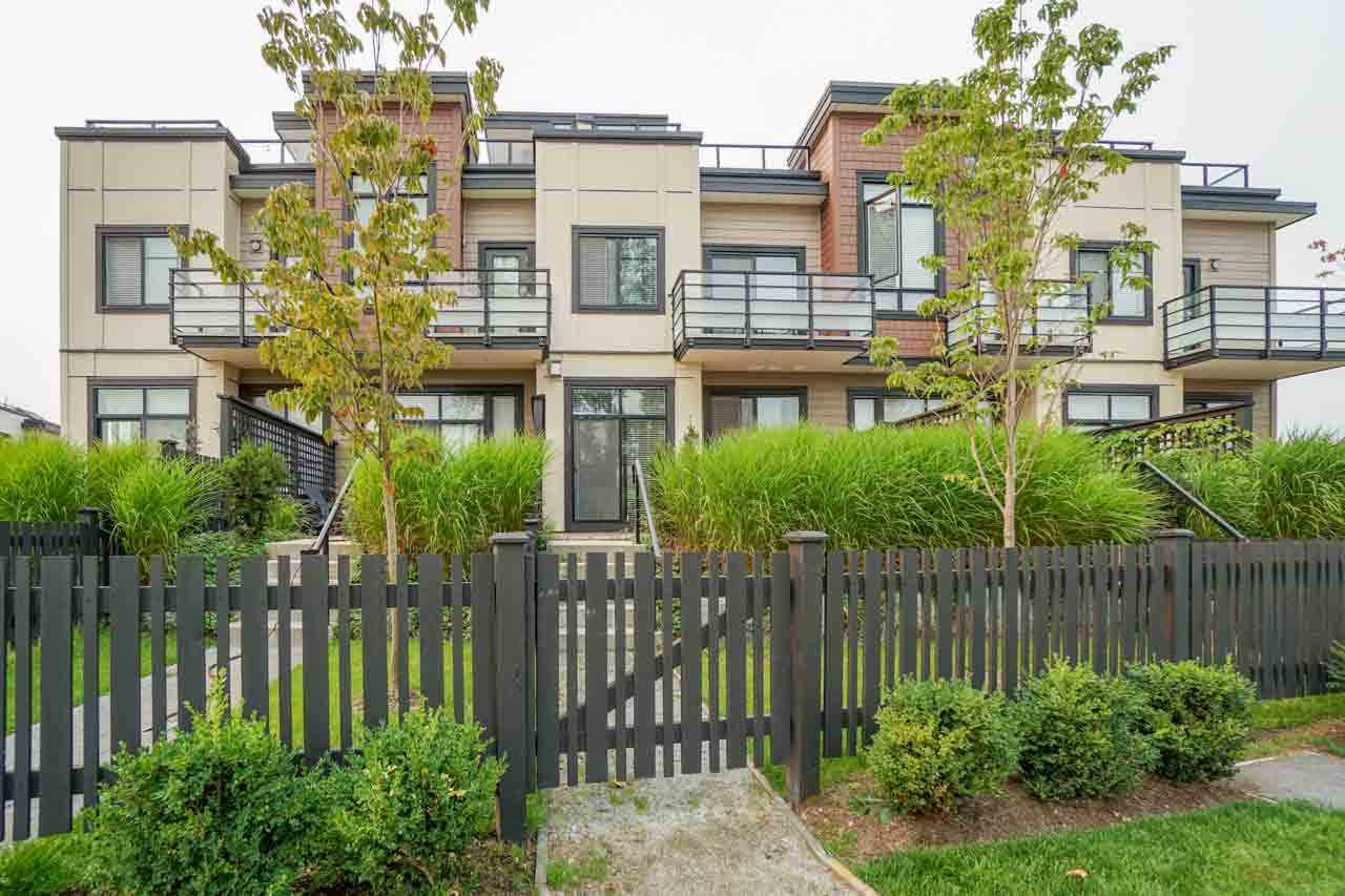Townhouse at 8 111 WOOD STREET, Unit 8, New Westminster, British Columbia. Image 15