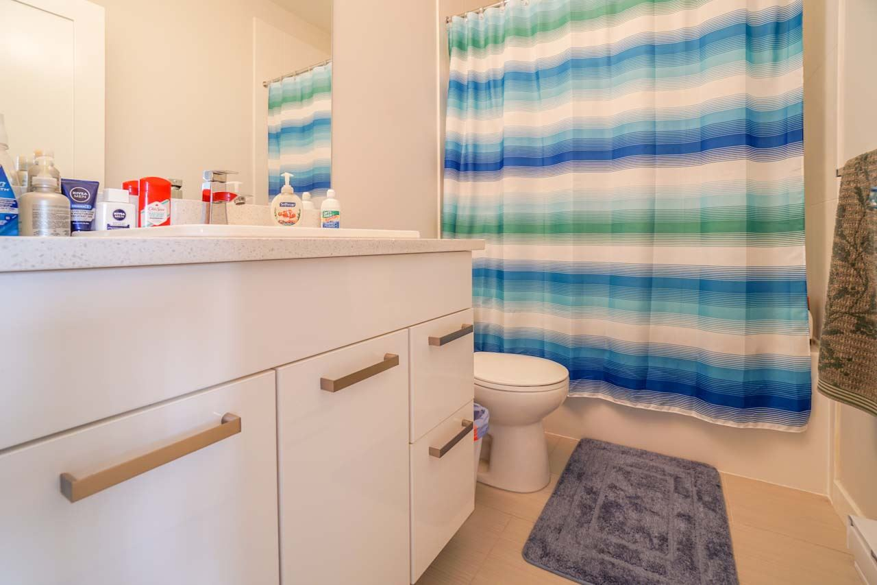 Townhouse at 8 111 WOOD STREET, Unit 8, New Westminster, British Columbia. Image 18
