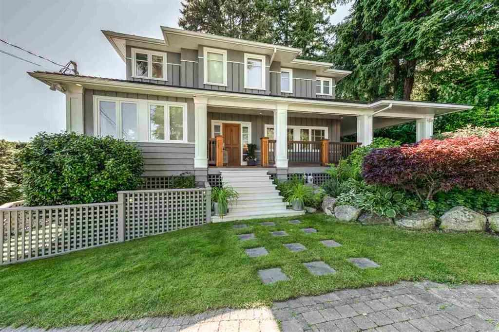 Detached at 3720 CREERY AVENUE, West Vancouver, British Columbia. Image 1