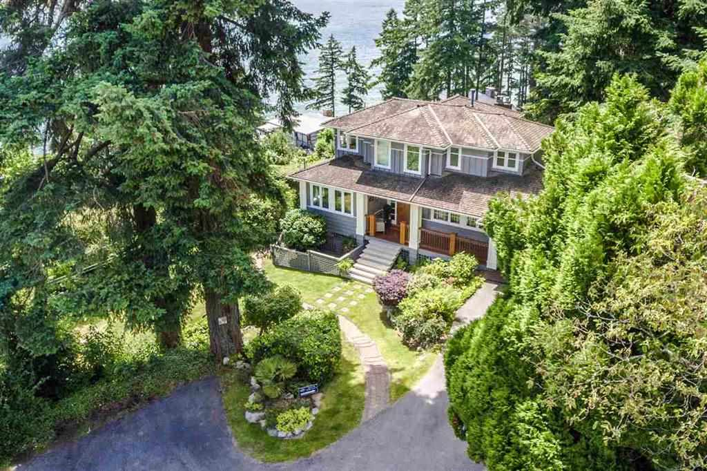 Detached at 3720 CREERY AVENUE, West Vancouver, British Columbia. Image 3