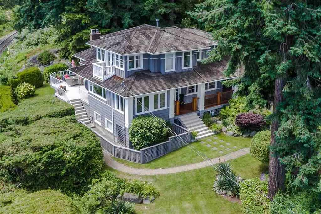 Detached at 3720 CREERY AVENUE, West Vancouver, British Columbia. Image 20