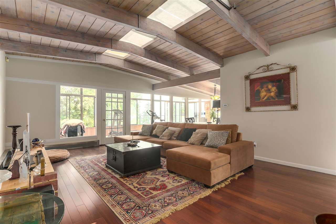 Detached at 4176 ROSE CRESCENT, West Vancouver, British Columbia. Image 3