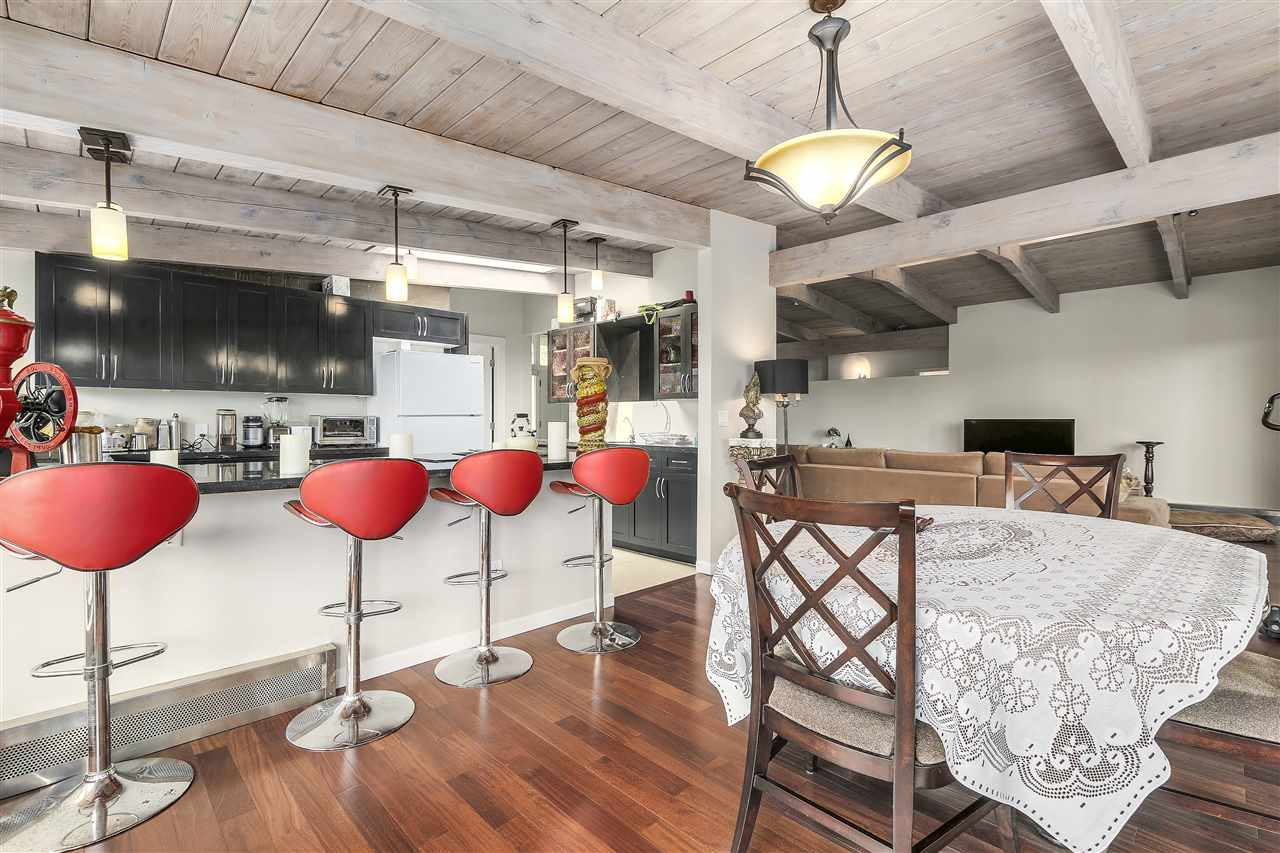 Detached at 4176 ROSE CRESCENT, West Vancouver, British Columbia. Image 6