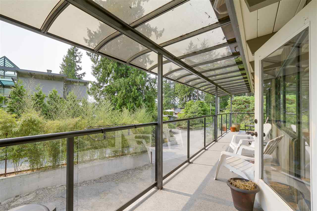 Detached at 4176 ROSE CRESCENT, West Vancouver, British Columbia. Image 13