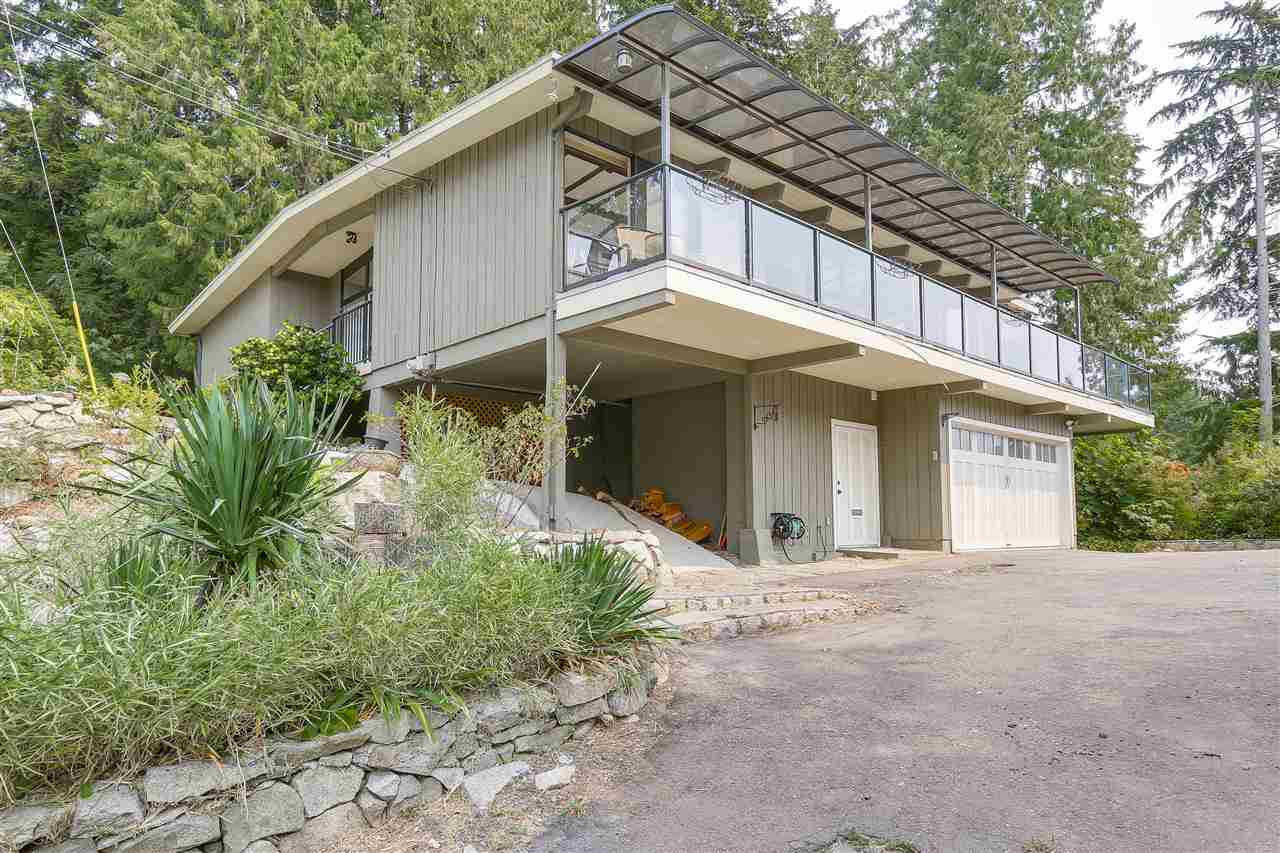 Detached at 4176 ROSE CRESCENT, West Vancouver, British Columbia. Image 15