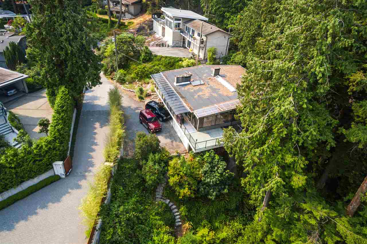 Detached at 4176 ROSE CRESCENT, West Vancouver, British Columbia. Image 18