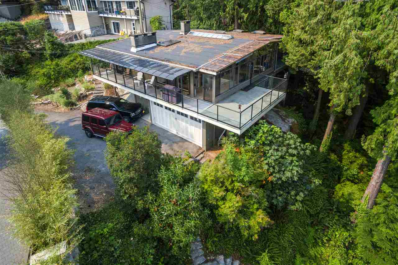 Detached at 4176 ROSE CRESCENT, West Vancouver, British Columbia. Image 20