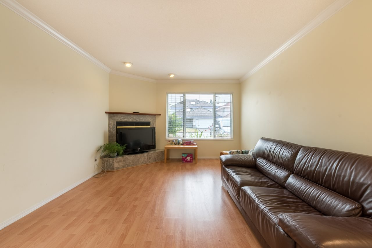 Detached at 6191 MARTYNIUK PLACE, Richmond, British Columbia. Image 3