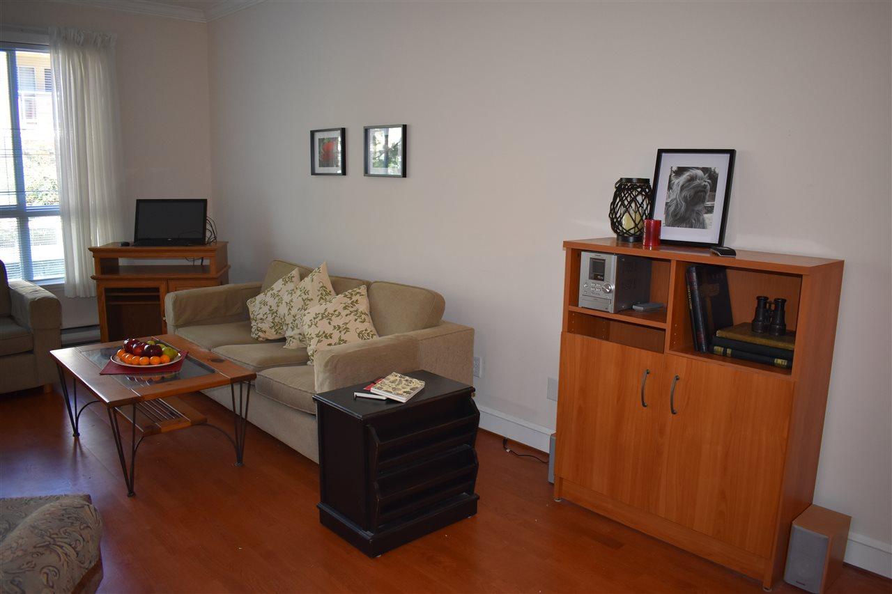 Condo Apartment at 103 8680 LANSDOWNE ROAD, Unit 103, Richmond, British Columbia. Image 3