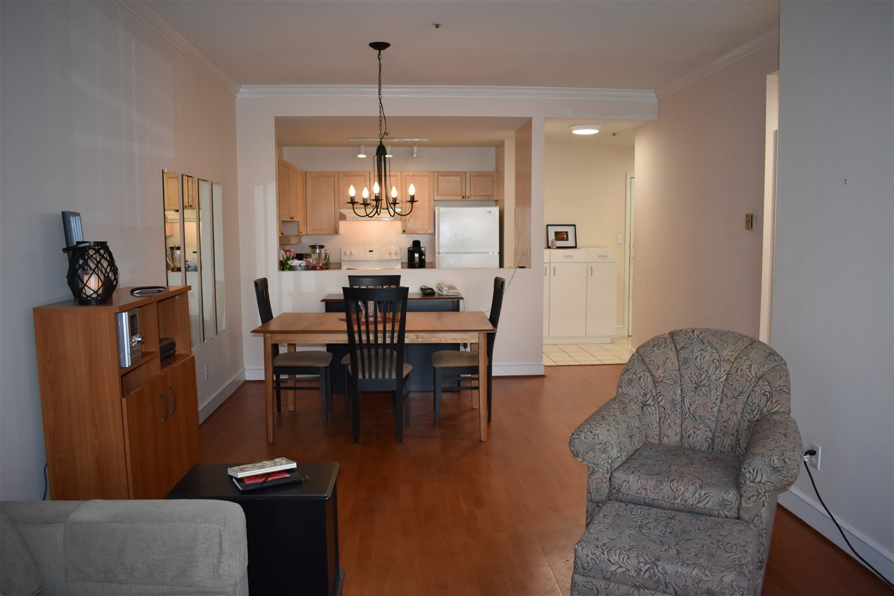 Condo Apartment at 103 8680 LANSDOWNE ROAD, Unit 103, Richmond, British Columbia. Image 5