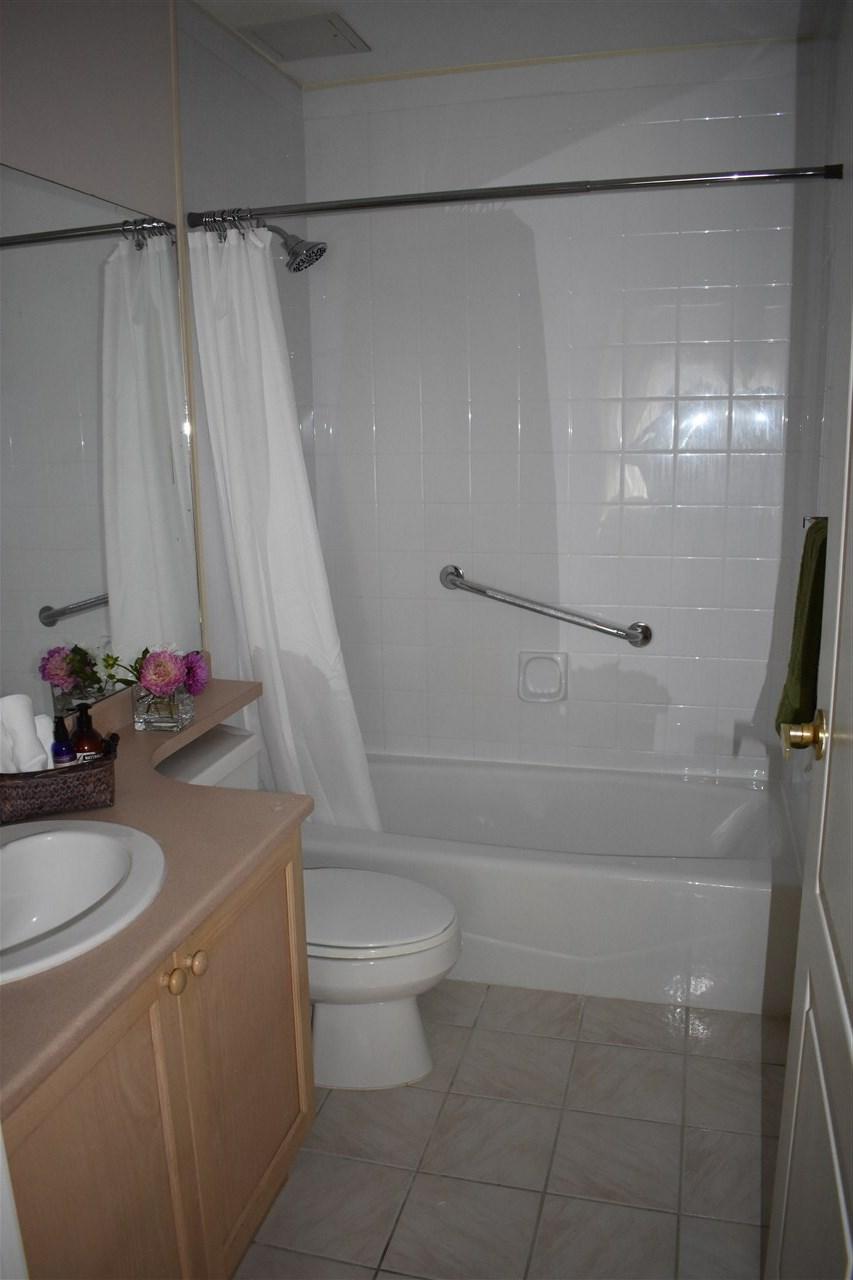 Condo Apartment at 103 8680 LANSDOWNE ROAD, Unit 103, Richmond, British Columbia. Image 14
