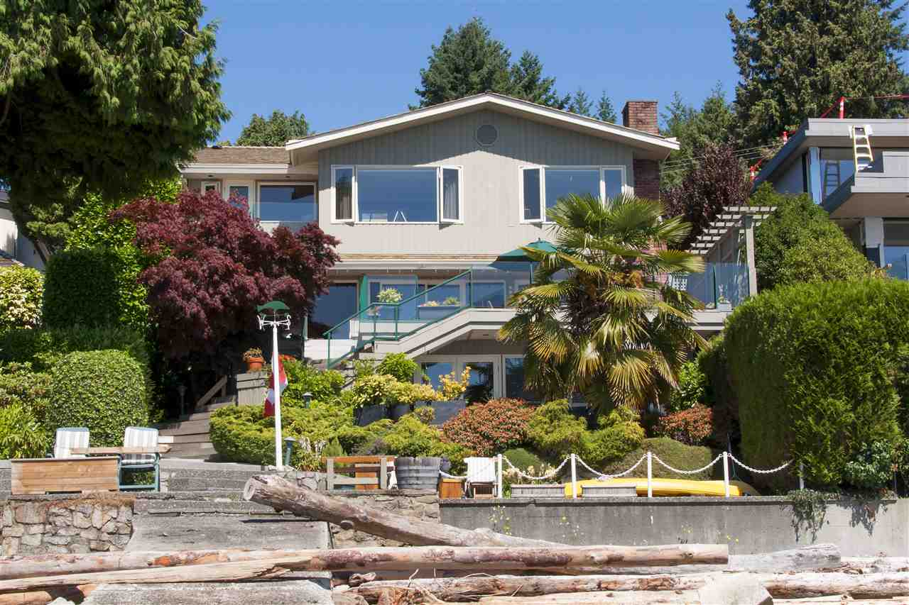 Detached at 3156 TRAVERS AVENUE, West Vancouver, British Columbia. Image 20