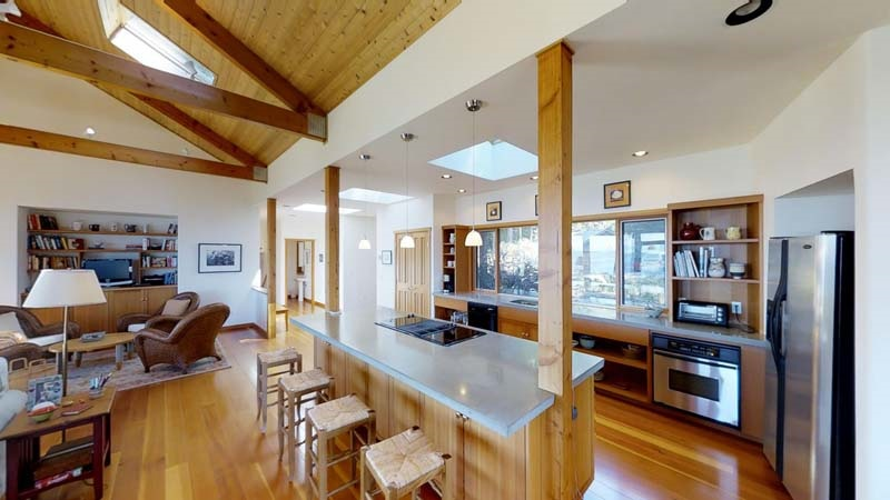 Detached at 285 NORTH VIEW PLACE, Islands-Van. & Gulf, British Columbia. Image 12