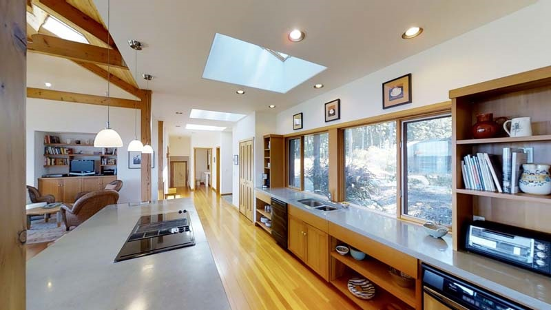 Detached at 285 NORTH VIEW PLACE, Islands-Van. & Gulf, British Columbia. Image 15