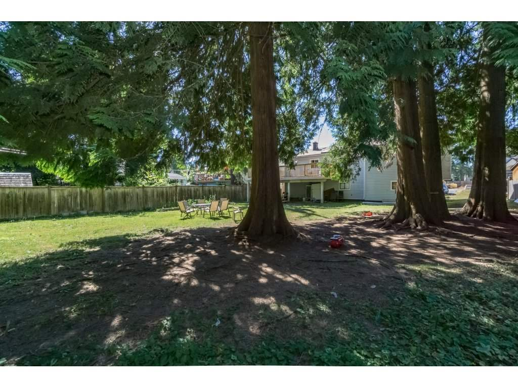 Detached at 14279 MELROSE DRIVE, North Surrey, British Columbia. Image 20