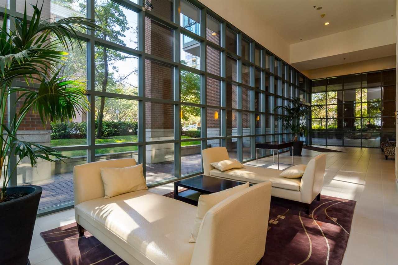 Condo Apartment at 2105 1128 QUEBEC STREET, Unit 2105, Vancouver East, British Columbia. Image 16