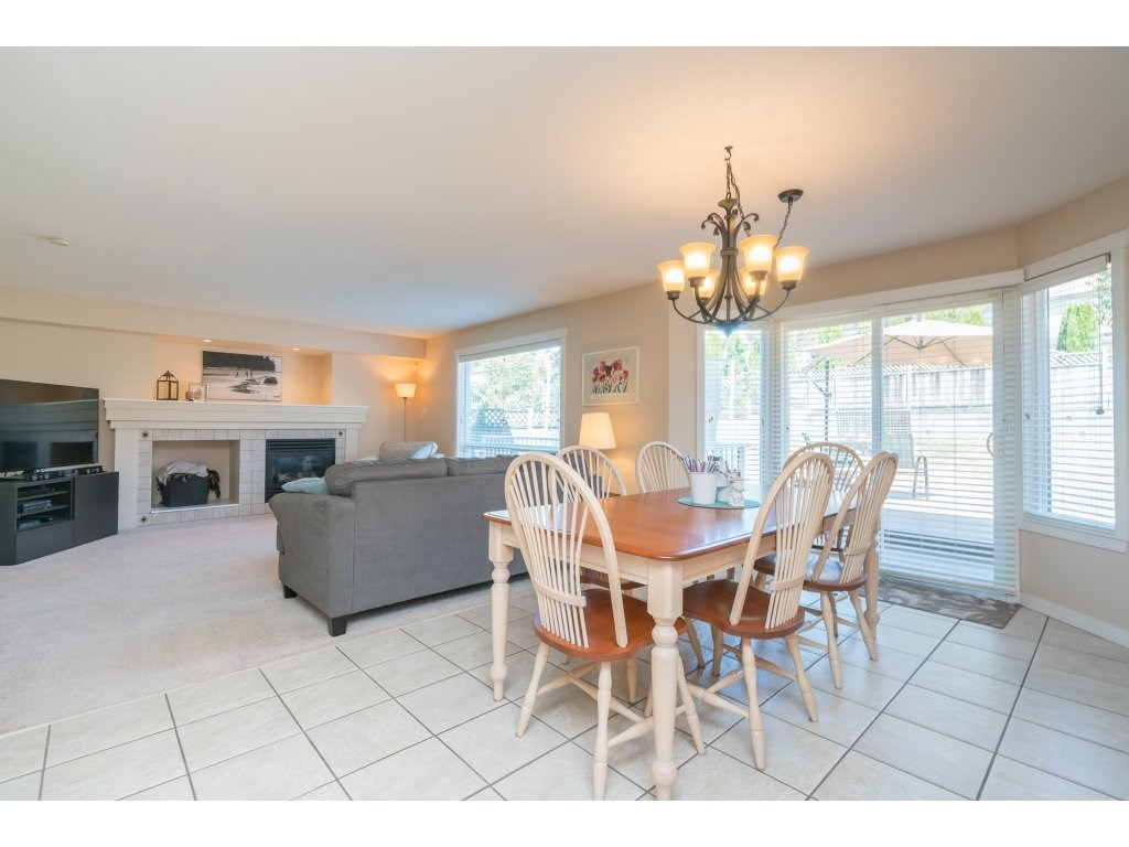 Detached at 20639 66 AVENUE, Langley, British Columbia. Image 10