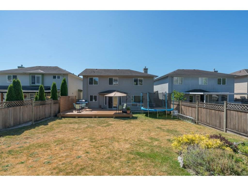 Detached at 20639 66 AVENUE, Langley, British Columbia. Image 20