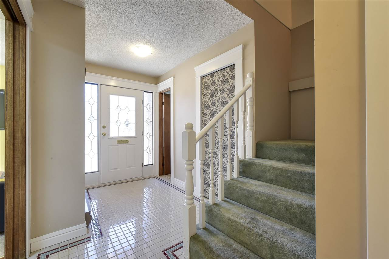 Townhouse at 5 5600 LADNER TRUNK ROAD, Unit 5, Ladner, British Columbia. Image 2