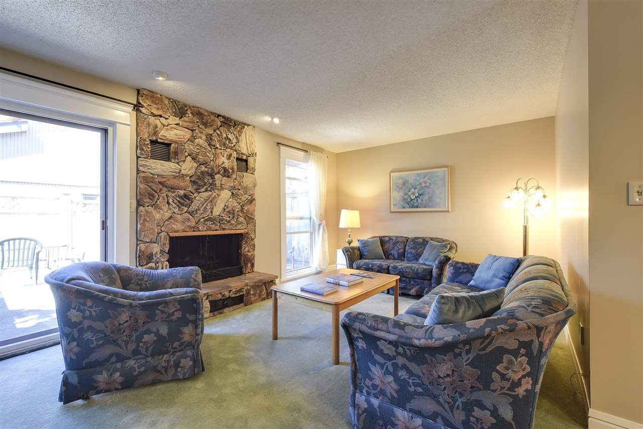Townhouse at 5 5600 LADNER TRUNK ROAD, Unit 5, Ladner, British Columbia. Image 3