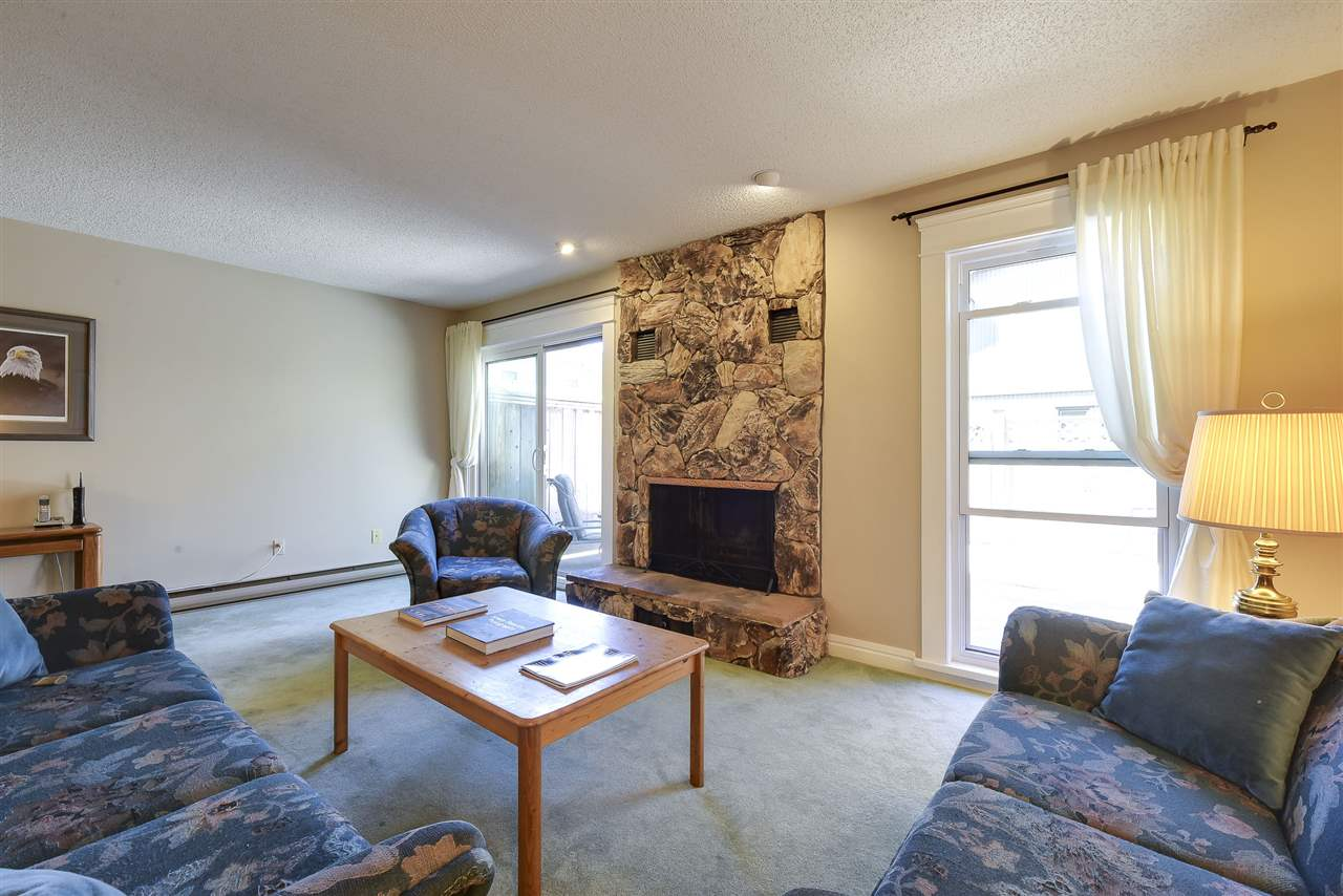 Townhouse at 5 5600 LADNER TRUNK ROAD, Unit 5, Ladner, British Columbia. Image 4