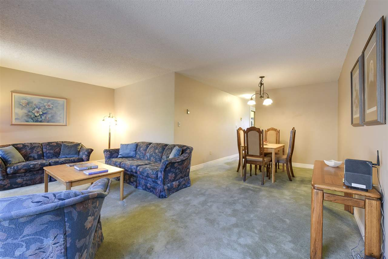 Townhouse at 5 5600 LADNER TRUNK ROAD, Unit 5, Ladner, British Columbia. Image 5