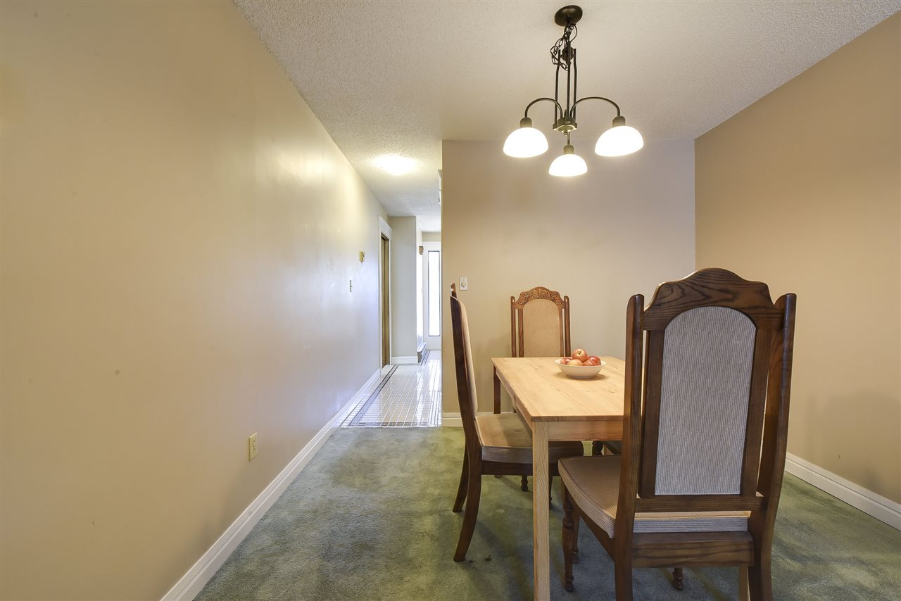 Townhouse at 5 5600 LADNER TRUNK ROAD, Unit 5, Ladner, British Columbia. Image 7