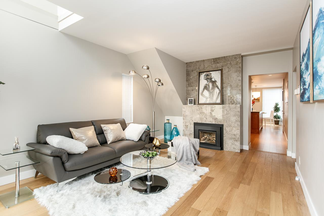 Detached at 4453 W 13TH AVENUE, Vancouver West, British Columbia. Image 2
