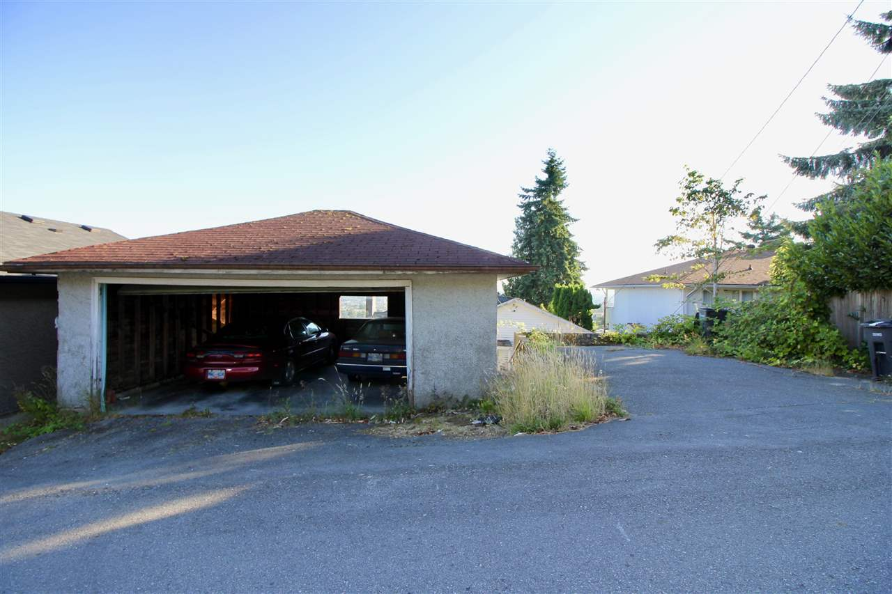 Detached at 5359 EMPIRE DRIVE, Burnaby North, British Columbia. Image 13