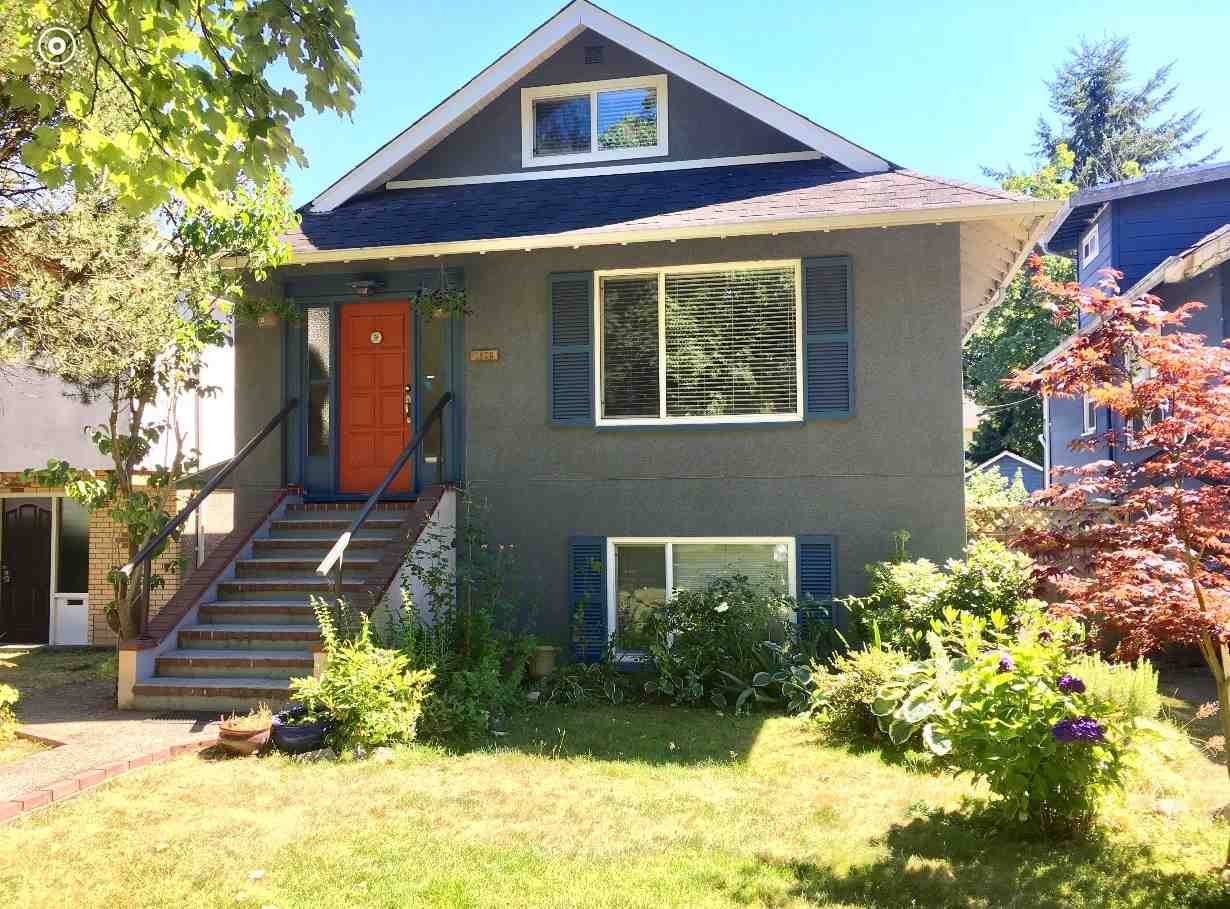 Detached at 2820 W 11TH AVENUE, Vancouver West, British Columbia. Image 1
