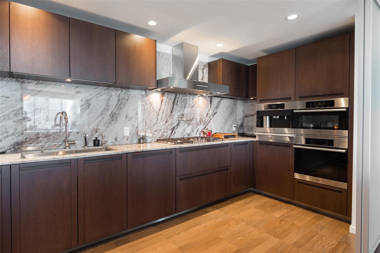 Condo Apartment at 3406 1011 W CORDOVA STREET, Unit 3406, Vancouver West, British Columbia. Image 8