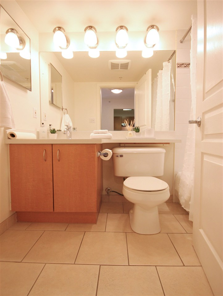 Condo Apartment at 106 3588 VANNESS AVENUE, Unit 106, Vancouver East, British Columbia. Image 6