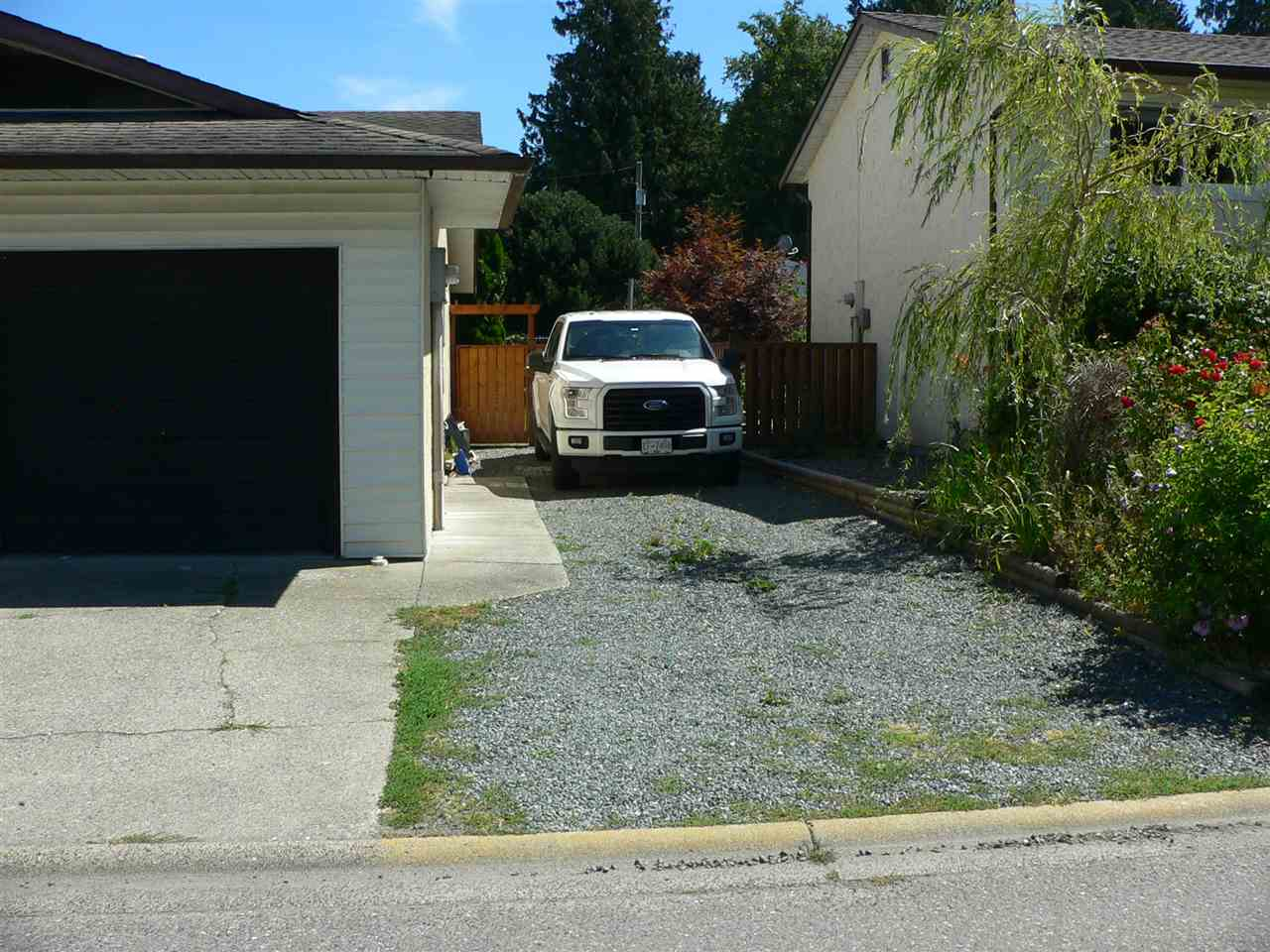 Detached at 6172 DUNDEE PLACE, Sardis, British Columbia. Image 2