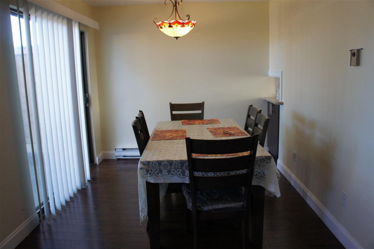 Townhouse at 4 3075 TRETHEWEY STREET, Unit 4, Abbotsford, British Columbia. Image 4
