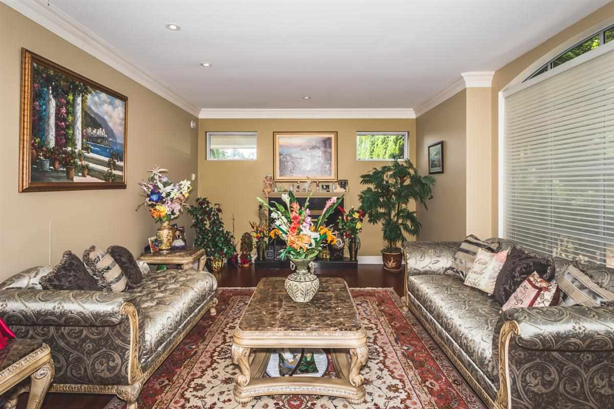 Detached at 13554 55A AVENUE, Surrey, British Columbia. Image 2