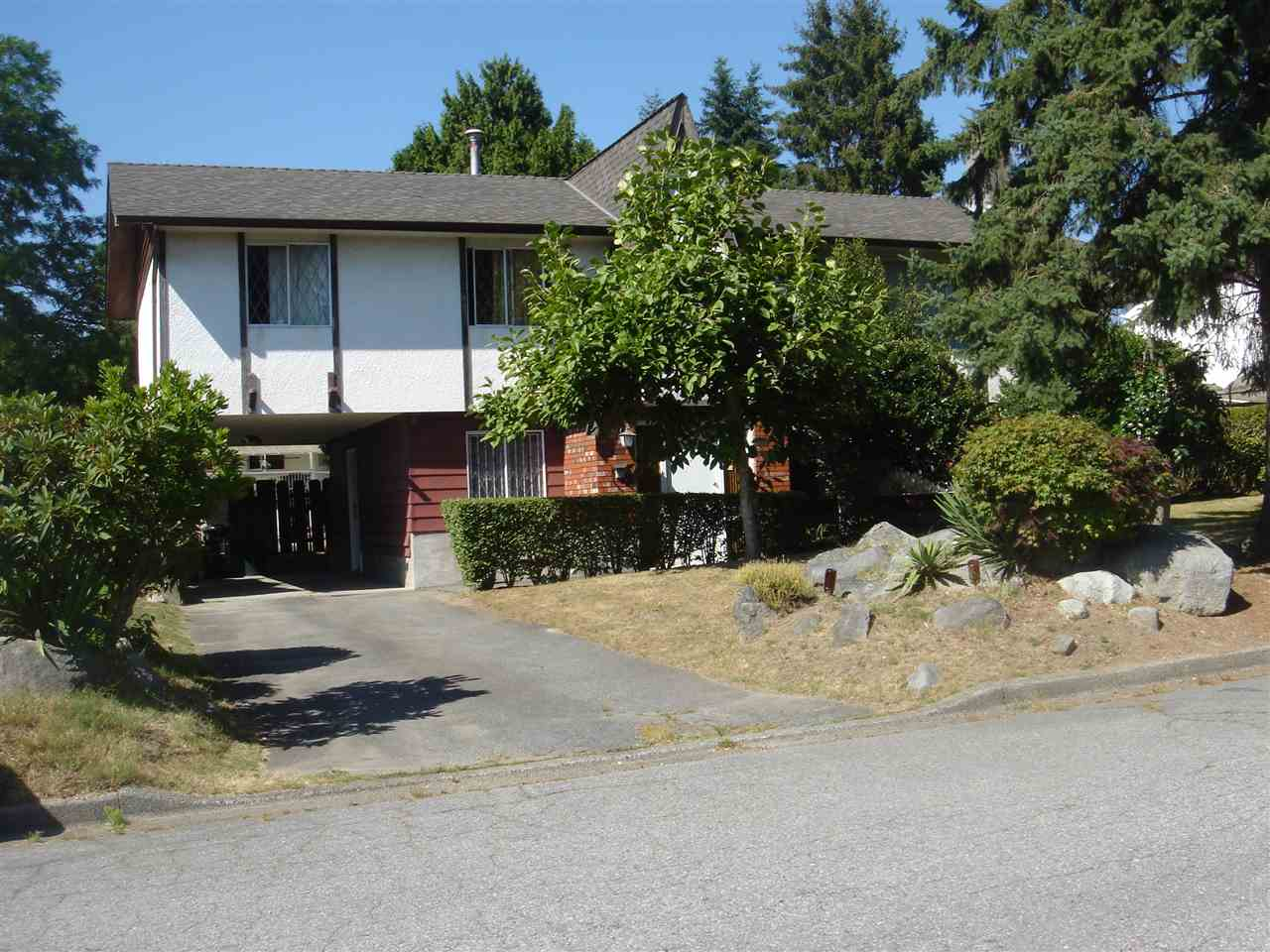 Detached at 5385 SHELBY COURT, Burnaby South, British Columbia. Image 1