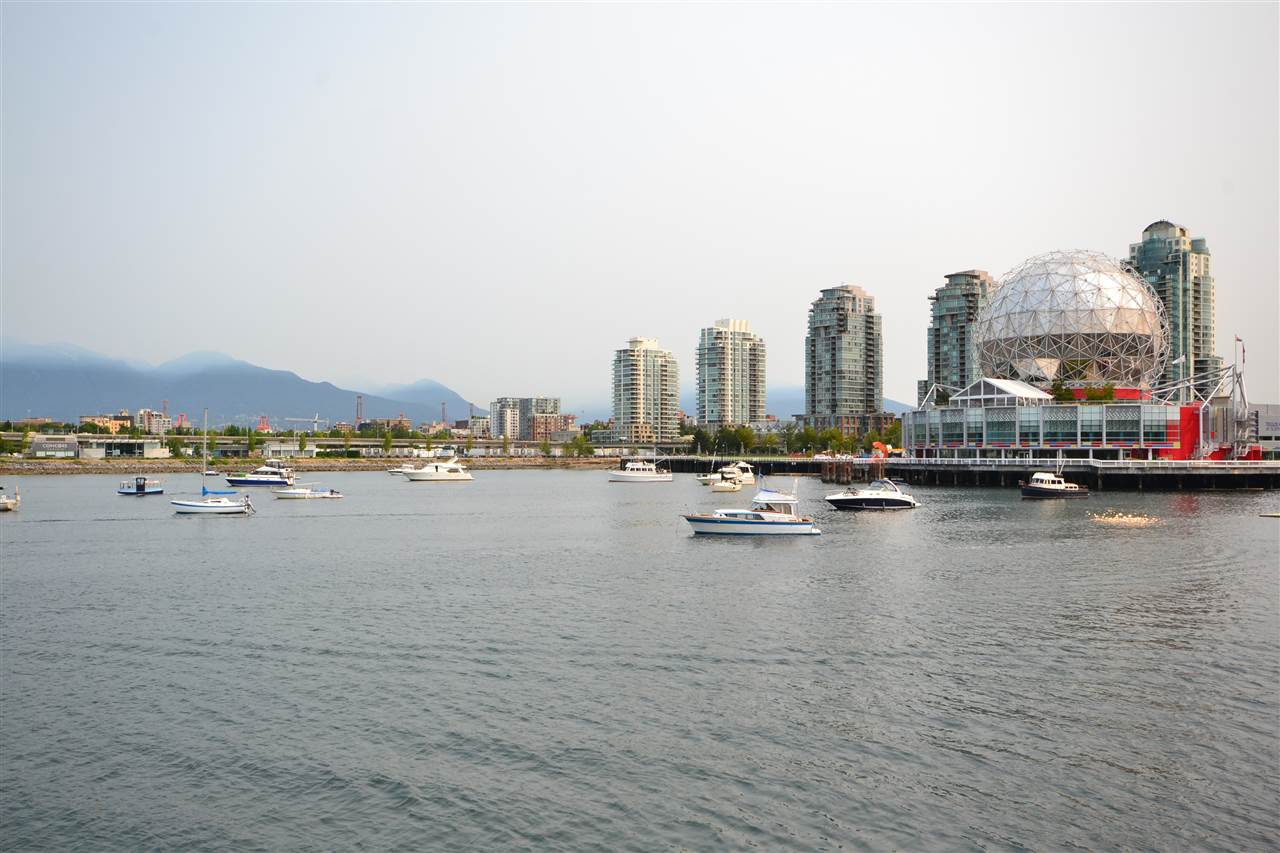 Condo Apartment at 305 123 W 1ST AVENUE, Unit 305, Vancouver West, British Columbia. Image 2