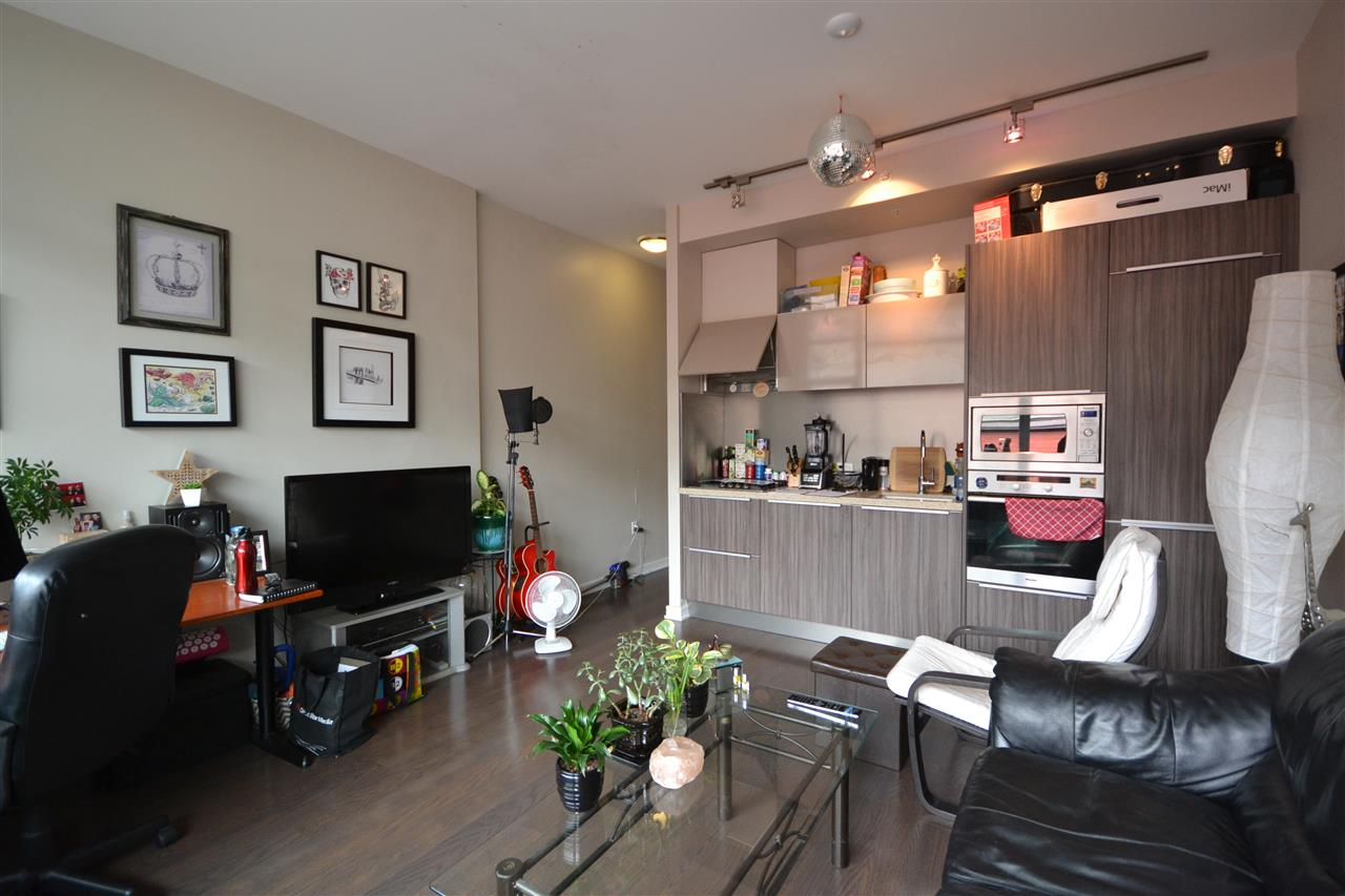 Condo Apartment at 305 123 W 1ST AVENUE, Unit 305, Vancouver West, British Columbia. Image 7
