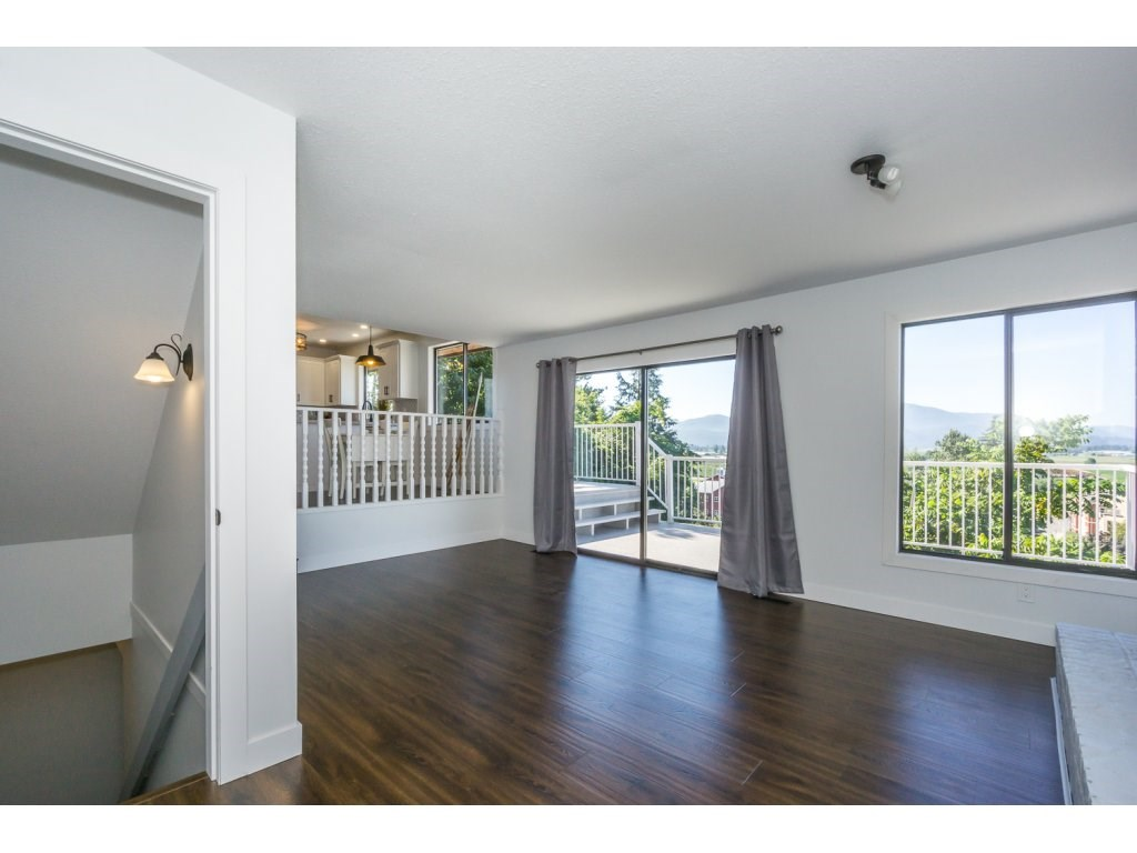 Detached at 35284 ROCKWELL DRIVE, Abbotsford, British Columbia. Image 11