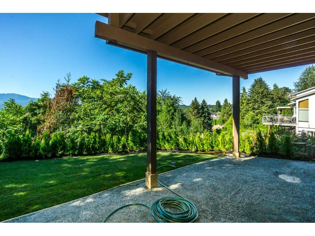 Detached at 35284 ROCKWELL DRIVE, Abbotsford, British Columbia. Image 19