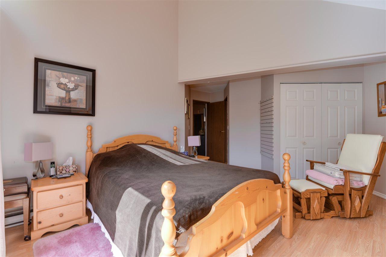Townhouse at 203 13870 102 AVENUE, Unit 203, North Surrey, British Columbia. Image 15