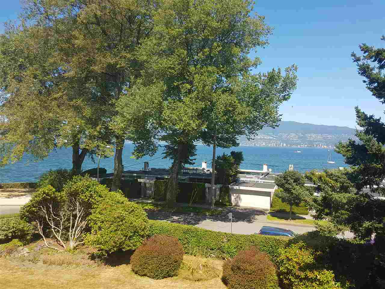 Detached at LOT 4 2564 POINT GREY ROAD, Unit LOT 4, Vancouver West, British Columbia. Image 4