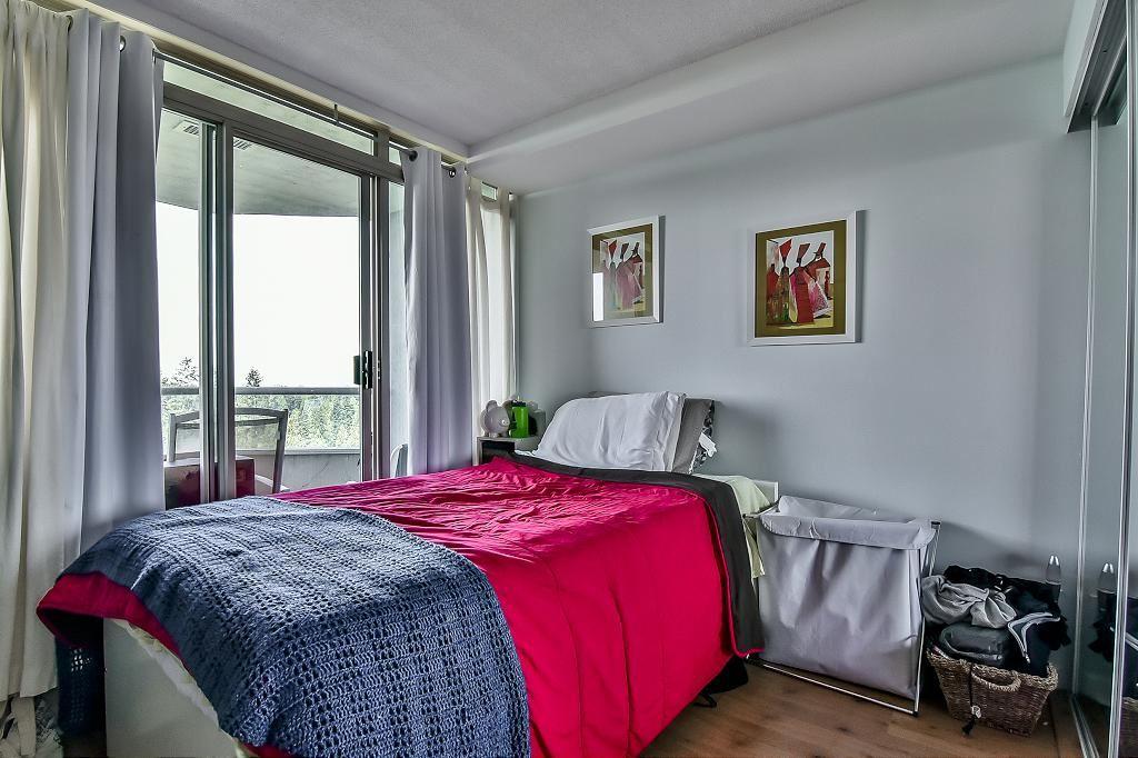 Condo Apartment at 2102 10082 148 STREET, Unit 2102, North Surrey, British Columbia. Image 13