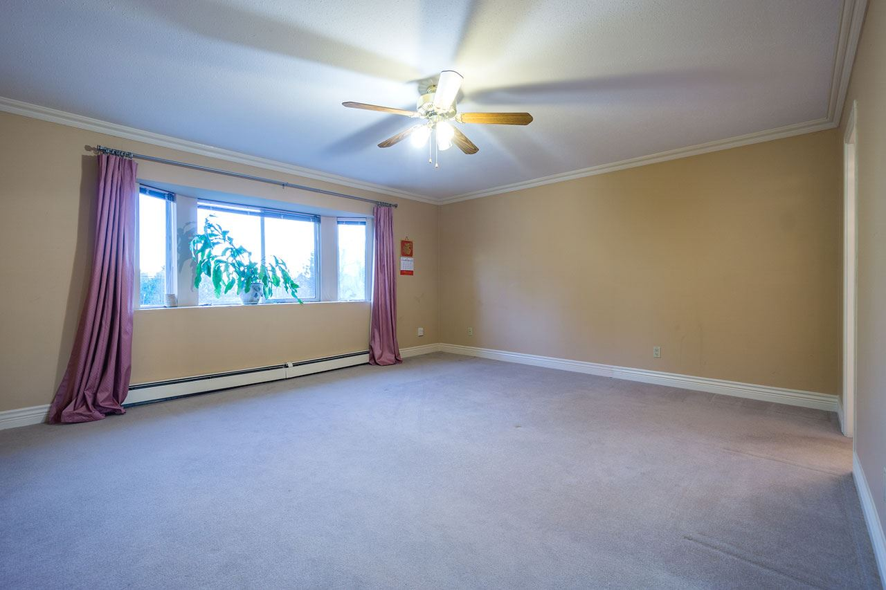 Detached at 110 VISCOUNT PLACE, New Westminster, British Columbia. Image 10